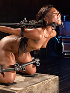 Ebony Pain Slut is Captured