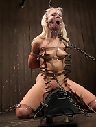 Hot Blonde in Chains, pic 10
