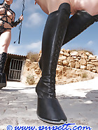 Ponygirl story, pic 3