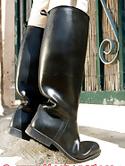 Cuffed slave walking, pic 2