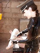 Slave in camp, pic 3