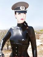 Slave Sophie, pic 2