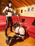 Jill wears chastity belt, pic 10