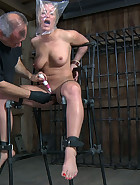 Getting Nailed, pic 4