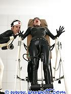 Extreme rubber bondage, pic 13