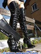 A walk in latex, pic 13