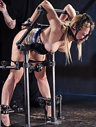 Hot Blonde in Brutal Device Bondage, pic 3